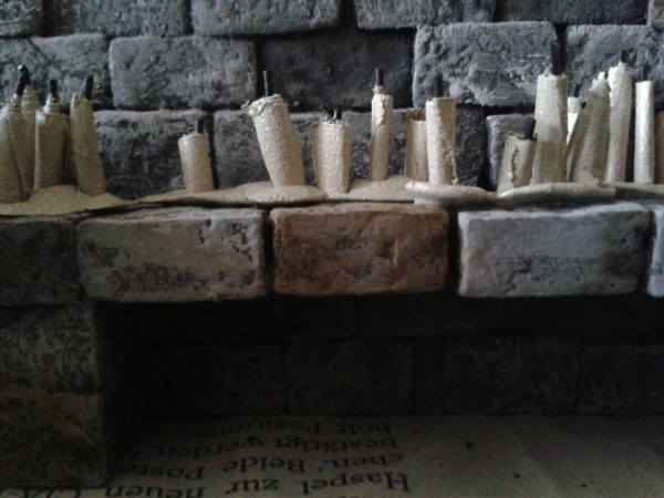 Schnell und billig: Miniatur-Kerzen selbstgemacht