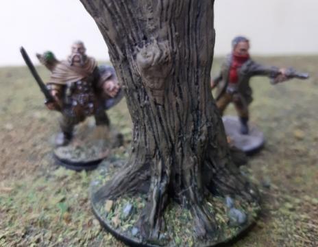 DIY: Toter Baum aus Totholz